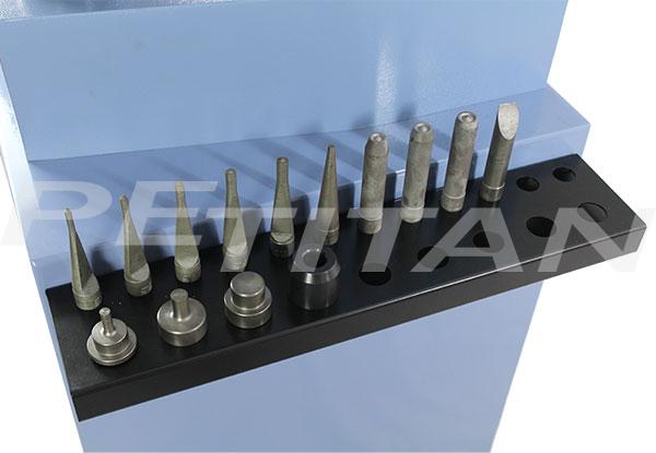Comec CC 300 fékpofa-szegecselő 3